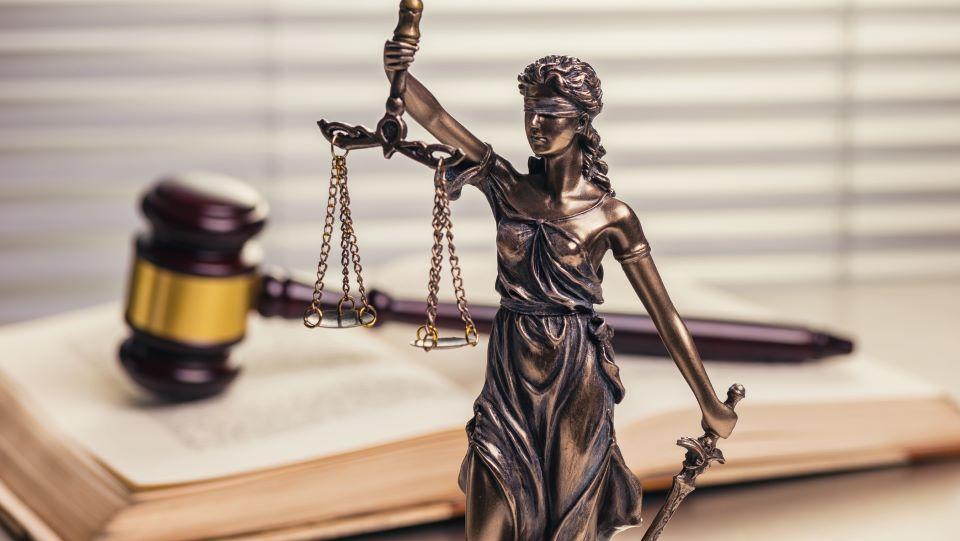 Göttliches Recht für persönliche Notfälle Beweis einer These und persönliche Verantwortung, der Annahme